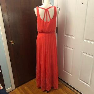 NWOT Bisou Maxi Dress